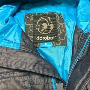 Kidrobot men waxed urban field jacket.